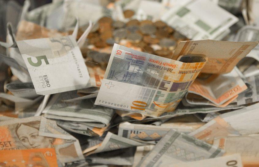 money-2165758_960_720